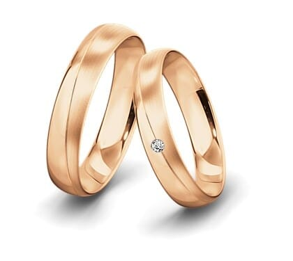 Trauringe-Rotgold-5mm-C-mit-diamant-0025ct-poliert-la-ngsmattiert