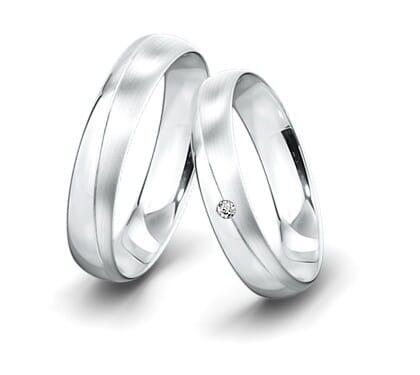Trauringe-Weissgold-5mm-C-mit-Diamant-0025ct-poliert-la-ngsmattiert