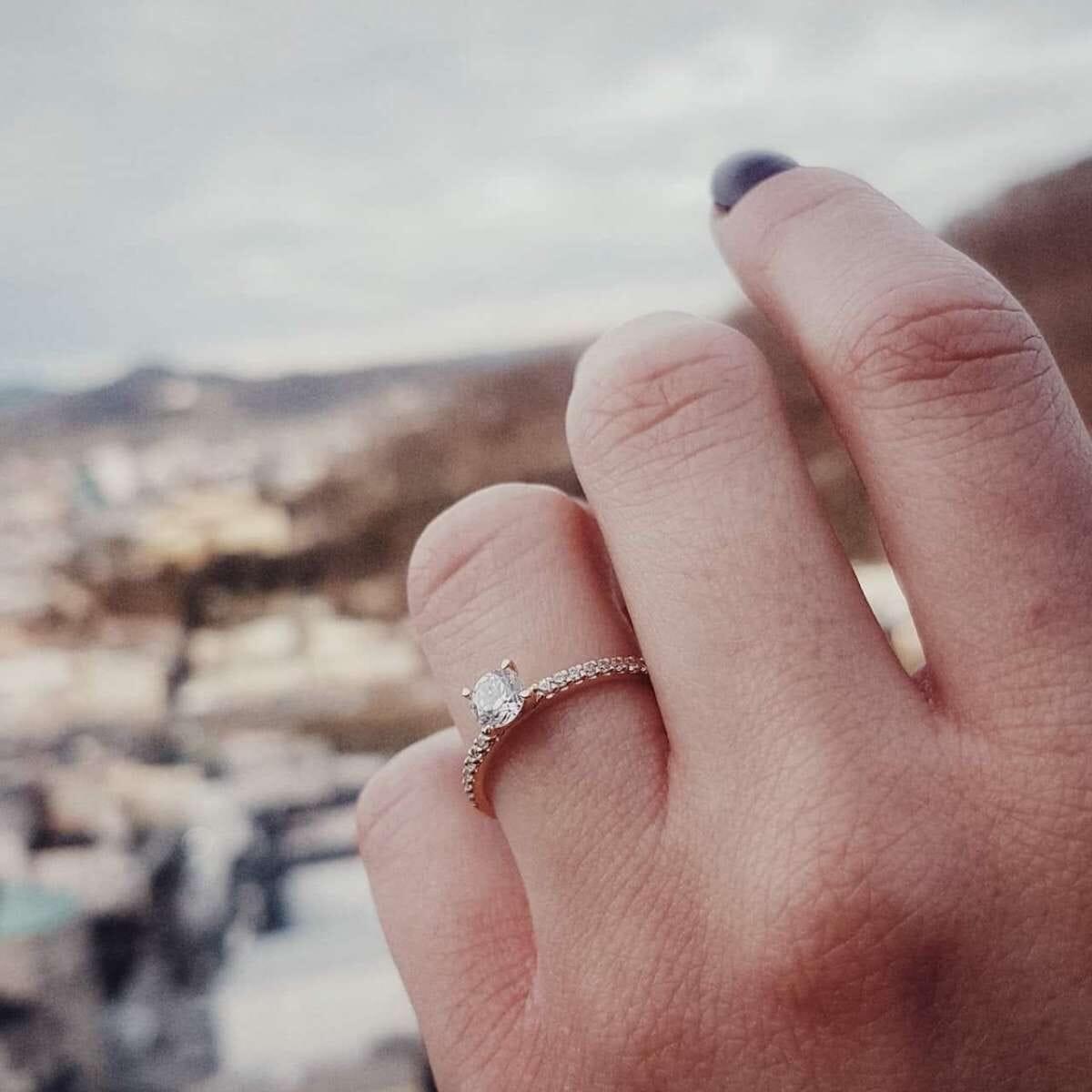 Verlobungsringe welche Hand